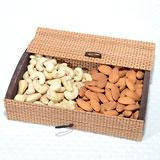 Crispy and Crunchy Dryfruits box